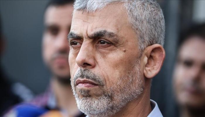 مسؤول مصري يكشف سبب غياب السنوار عن اجتماع الفصائل والوفد الأمني