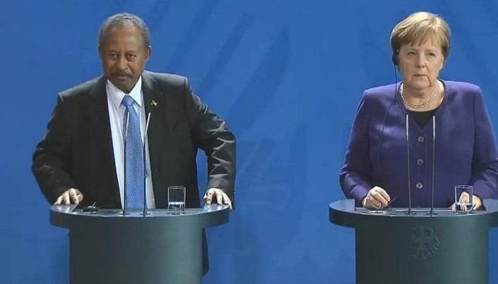 حمدوك لميركل: ما حصل في السودان يشبه هدم جدار برلين