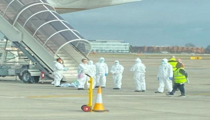 احتجاز 8 طائرات في مطار هيثرو بلندن بسبب
