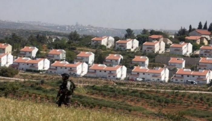 الثانية خلال أسبوع: الاحتلال يضع علامات لشق طريق استيطانية جنوب نابلس