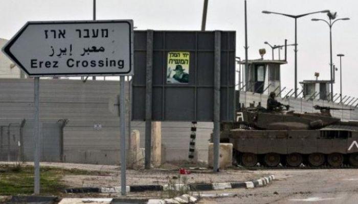 إسرائيل تغلق حاجز بيت حانون وتمنع دخول التجار الغزيين وتقلص مساحة الصيد