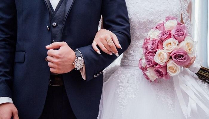الجزائر.. توقيف شابين أعلنا عن زواجهما عبر فيديو على فيسبوك ( فيديو)