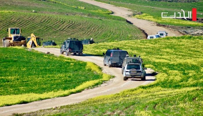 الاحتلال يهدم مسكنين وحظيرتي أغنام في مسافر يطا