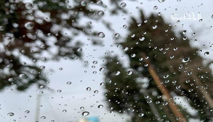 الطقس: أجواء ماطرة