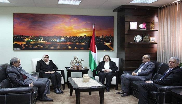 الكيلة تبحث مع عدد من الوزراء الوضع الصحي في قطاع غزة والاستعدادات لمواجهة كورونا