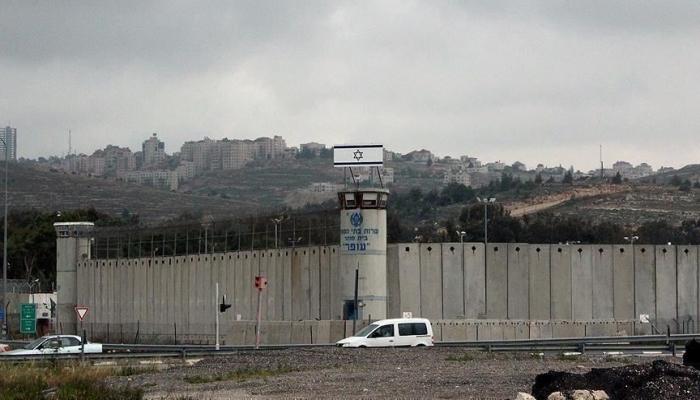 الإعلام الإسرائيلي يحرّض على أسرى سجن عوفر