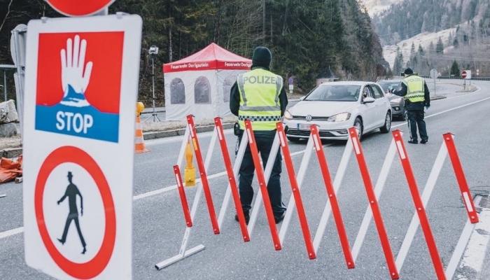 فرنسا تمدد الإغلاق الخاص بفيروس كورونا أسبوعين حتى 15 أبريل