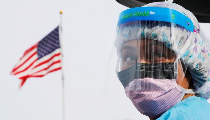 فريق ترامب لمكافحة كورونا: الفيروس قد يقتل 200 ألف أمريكي ويطال الملايين