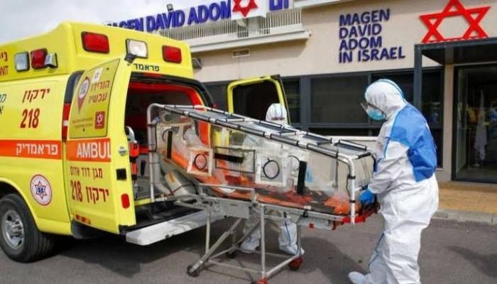 إسرائيلي مصاب بكورونا