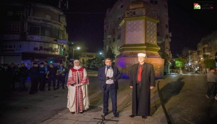 إضاءة فانوس رمضان