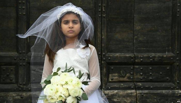 الإحصاء: خُمس عقود الزواج المسجلة لإناث دون 18 سنة