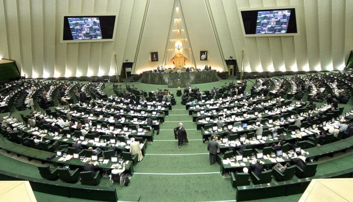 إيران تصادق على مشروع قرار التصدي للإجراءات العدائية الإسرائيلية