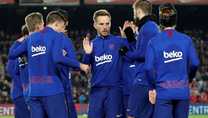 شبهات حول خيانة لاعب برشلونة