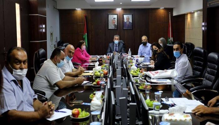 لقاء وزاري تشاوري في وزارة الحكم المحلي بخصوص إقامة مصنع للأسلفت في بيرزيت