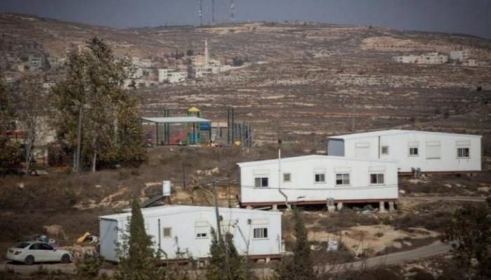 الاحتلال ينصب بيوتا متنقلة في أراضي قرية كيسان شرق بيت لحم