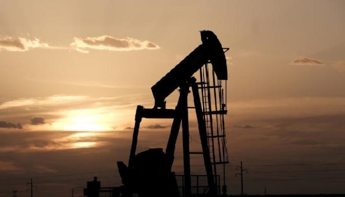 استطلاع: النفط يتأهب
