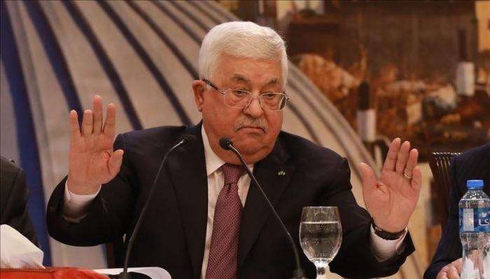 الرئيس عباس يرفض لقاء بومبيو في رام الله
