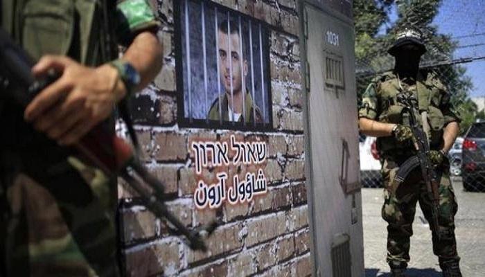 تفاصيل جديدة حول مفاوضات صفقة تبادل للأسرى بين حماس و