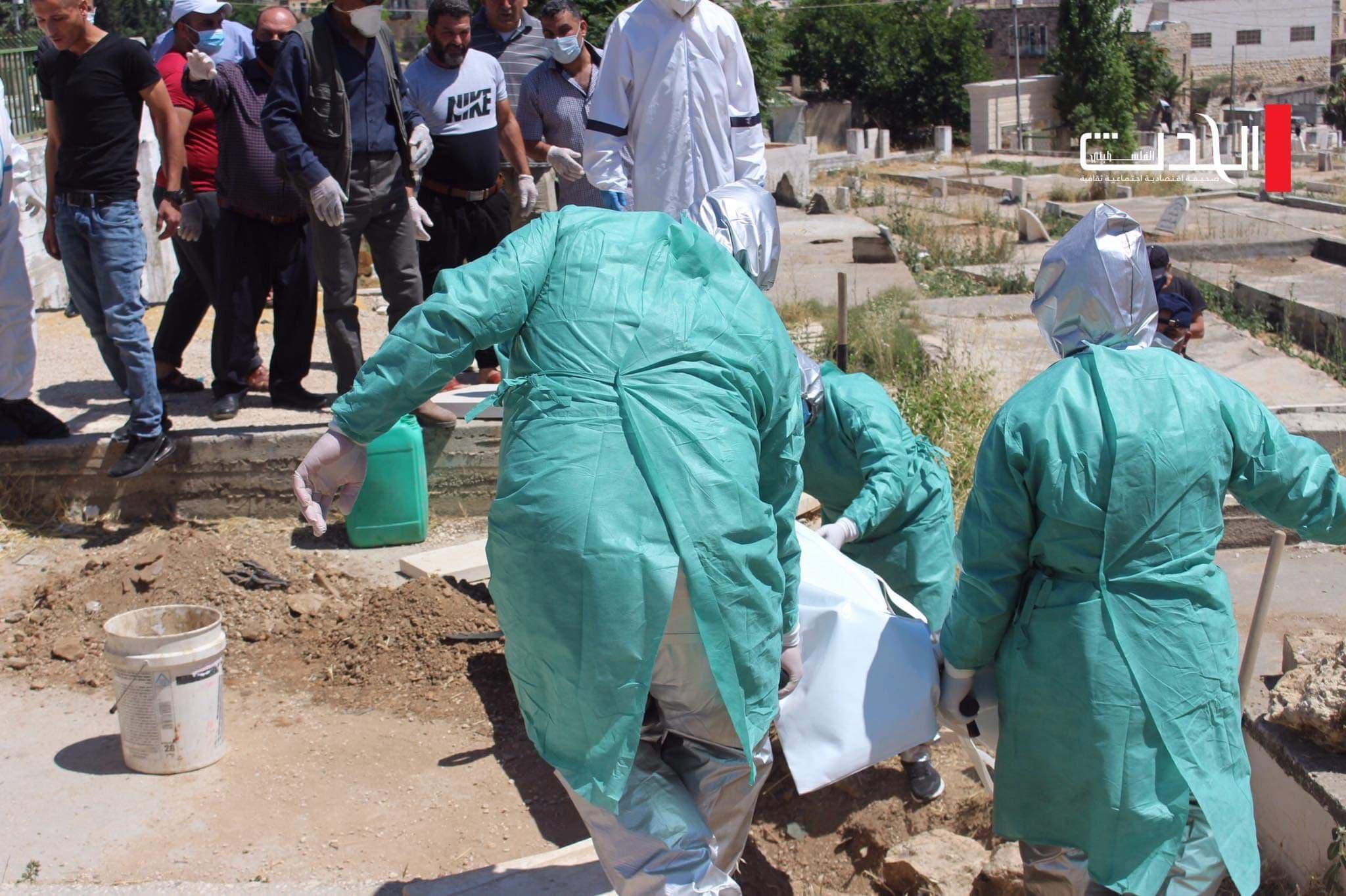 وفاة مواطنين وتسجيل 100 إصابة جديدة بكورونا في قطاع غزة