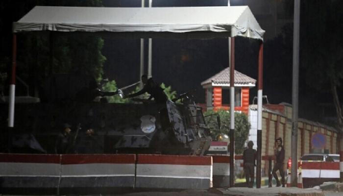 مصر.. مقتل 3 رجال أمن