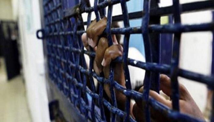 نادي الأسير: إصابة أسيرين في عوفر بكورونا