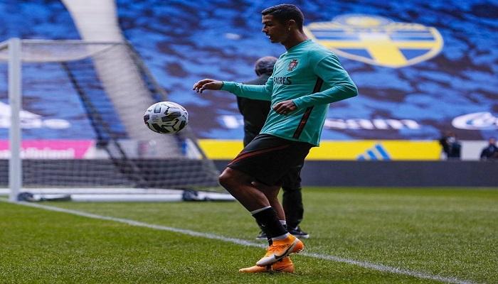 رونالدو يوجه رسالة قبل مباراة السويد