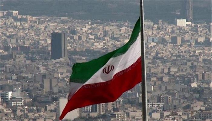 إيران تهدد بتفكيك