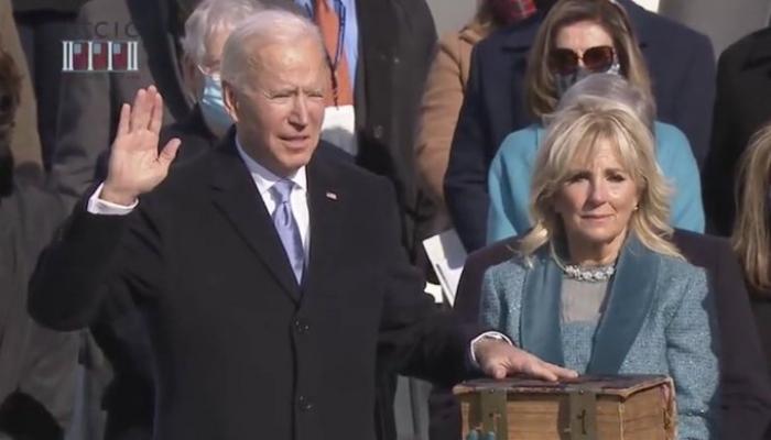 بايدن يؤدي اليمين الدستورية رئيسا للولايات المتحدة