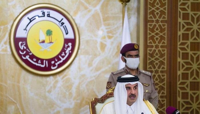 أمير قطر يتوجه إلى