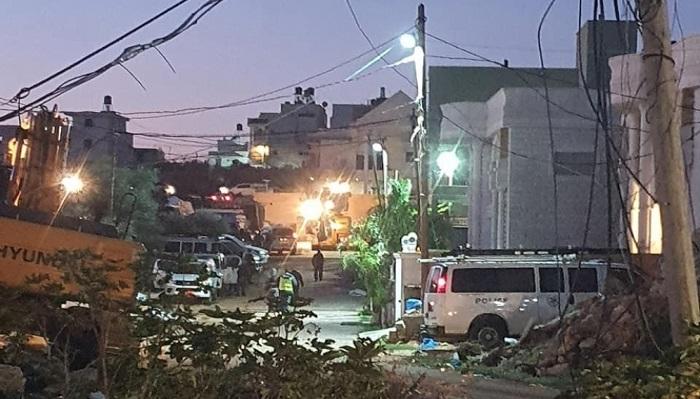 السلطات الإسرائيلية