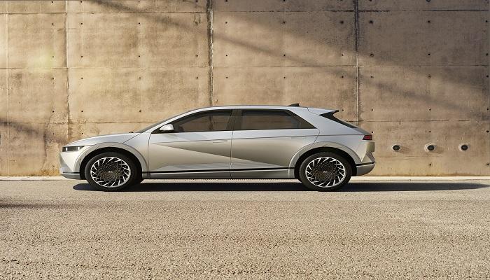 هيونداي أيونيك 5 الجديدة.. حفل افتراضي للكشف عن أول سيارة من نوعها في العالم