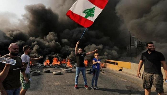 احتجاجات في لبنان على الأوضاع المعيشية
