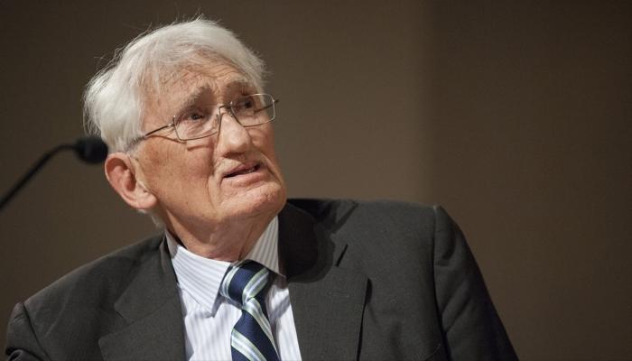 فيلسوف ألماني بارز يرفض تسلم جائزة الشيخ زايد للكتاب