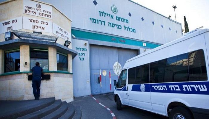 هيئة الأسرى: نقل الأسير المضرب عماد سواركة من عسقلان إلى عيادة سجن الرملة
