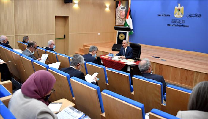 تحديد موعد عطلة عيد الفطر.. تعرف على قرارات الحكومة الفلسطينية خلال جلستها اليوم