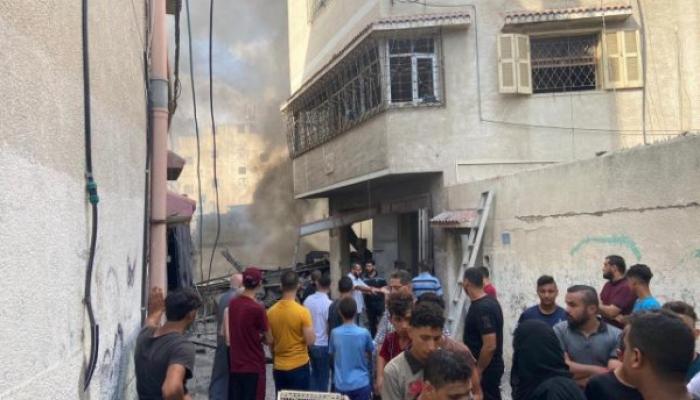 محدث| شهيد و10 إصابات بانفجار في سوق الزاوية بغزة