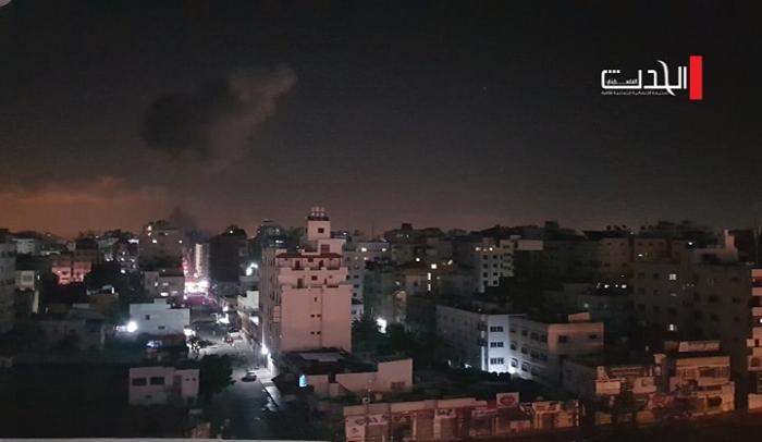 طائرات الاحتلال تقصف مواقع في قطاع غزة