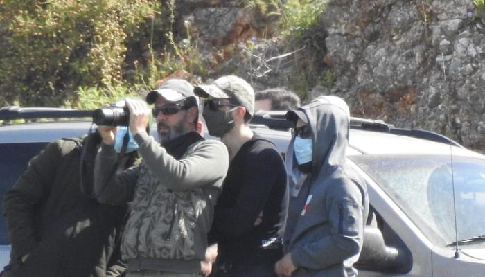 خلال رصدهم للحدود.. موقع عبري ينشر صورا لوحدة النخبة في حزب الله