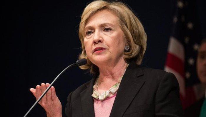 رسائل بريد «هيلاري كلينتون» تكشف محاولتها التقريب بين «مرسي» و«البشير»